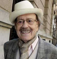 El actor José Luis López Vázquez, protagonista de películas como 'El pisito' o 'Mi querida señorita', ha fallecido hoy en su domicilio madrileño a la edad ... - jose-luis-lopez-vazquez-muere