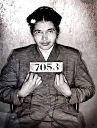 """""""Rebelión en el Autobús (la historia de Rosa Parks y la lucha de los afroamericanos por los derechos civiles)"""" - texto de Juan Antonio Sánchez - publicado en 2005 en La Aventura de la Historia - en los mensajes otro artículo sobre la vida de Rosa Parks Images?q=tbn:ANd9GcRYLHdTlvkKRxKoO22U52cxAvjntXjHWYLJeWEI1ZjGClabJgysFg"""
