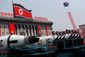 Resultado de imagem para Coreia do Norte mostra novos mísseis e critica a 'histeria militar' dos EUA