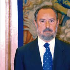 Los que conocen de verdad a Manuel Aragón Reyes y se han leído con detenimiento el texto del nuevo Estatuto catalán, no entienden el revuelo que se ha ... - el-hombre-clave-del-estatut_detalle_articulo