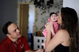 Resultado de imagem para Mães de Bebês com Microcefalia em Pernambuco