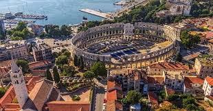 El otro coliseo romano, en ciudad Pula