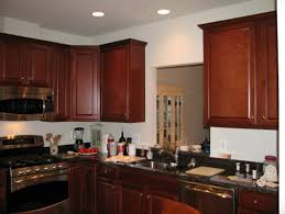 Kitchen Wall Color With Maple Cabinets