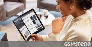 Foldable Windows tablet <b>Lenovo ThinkPad X1</b> Fold now on pre-order