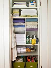 tips organizing linen closet e