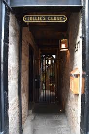 Image result for closes in Edinburgh
