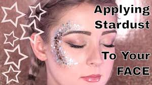 How to Apply Stardust Body <b>Glitter</b> to Your Face - YouTube