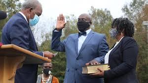 Sen. Stephens sworn in: '<b>I love South</b> Carolina'; Matthews says ...