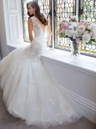 فساتين زفاف حديثه ومميزه موضه 2015