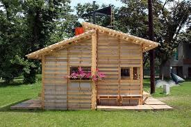 Pallet house plans and ideas   give new life to old wooden palletspallet house plans DIY pallet house easy construction ideas