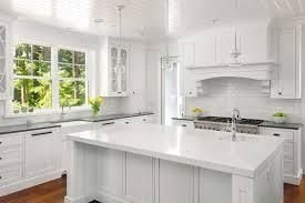 17 Beautiful <b>Quartz</b> Kitchen Countertops