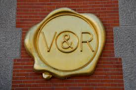 <b>Viktor & Rolf</b> - Wikipedia