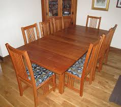 cherry dining room table chairs queen anne cherry wood dining table queen anne cherry wood dining tabl