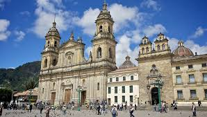 Image result for GOOGLE IMAGES plaza de bolivar bogota FREE OF RIGHTS