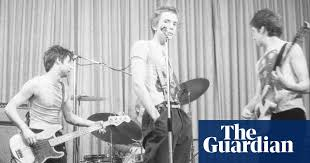 Young punks: unseen photos of the <b>Sex Pistols</b> | Music | The Guardian