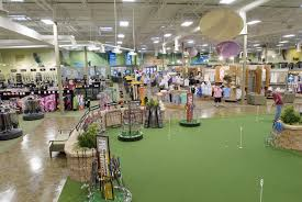 golfsmith signs lease for greater la s largest ever golf and full size
