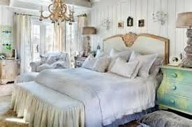 rustic chic bedroom decor