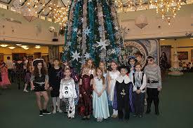Детское новогоднее счастье в резиденции губернатора | отряд ...