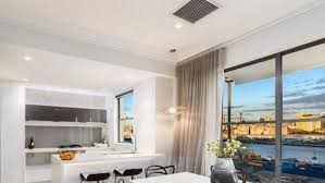 ronice hammond sold her waterview balmain property fearing a ban on airbnb hosts in her strata airbnb sydney