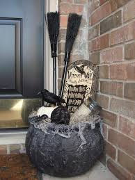 ideas outdoor halloween pinterest decorations: countdown to halloween has started although here in mallorca the temperature is about c the girls love to dress up and go around the neighborhood knocking