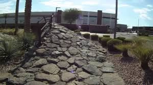 Range Rover Dealerships One Lap Of The Land Rover North Scottsdale Test Track Youtube
