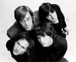 <b>WAITING</b> FOR THE SUN - <b>The Doors</b> - LETRAS.COM