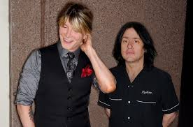 Goo <b>Goo Dolls</b> Announce '<b>Dizzy</b> Up the Girl' 20th Anniversary Tour ...