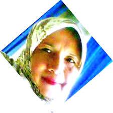 Isna Sulastri: Bunda Isna hanyalah manusia biasa yang cinta damai. Dia bertekad untuk terus memotivasi mahasiswanya berkompetisi secara sehat di era ... - Copy%252Bof%252Bmama%252B-%252B2