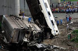 deadly high speed train crash in china   photo essays   time chinese train wreck