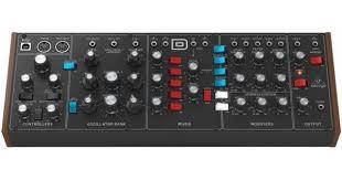 <b>Behringer Model D</b> Рэковый <b>синтезатор</b> / Тон-генератор: купить в ...