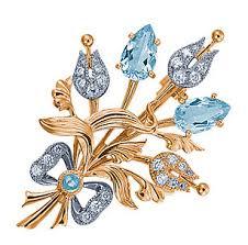 <b>Брошь</b> из красного золота <b>с</b> бриллиантами и голубыми <b>топазами</b> ...