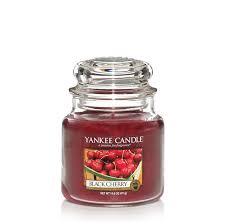 <b>Ароматическая свеча</b> Yankee Candle <b>Black Cherry</b> / Чёрная ...