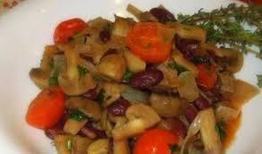 Рагу с фасолью и грибами