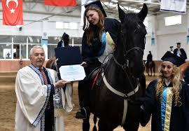 Atçılık Bölümü mezunları diplomalarını aldılar