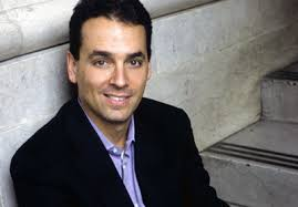 Daniel-Pink, Dan Pink, Dan Pink Drive, A Whole New Mind,. Just like he did in his previous books Drive and A Whole New Mind, Dan doesn't patch together his ... - Daniel-Pink