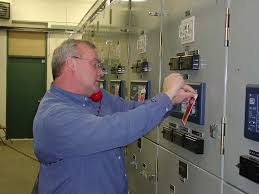 eugene springfield joint apprenticeship training committee electrical substations are energy distribution posts found throughout cities a substation receives high voltage electrical energy and transforms it into