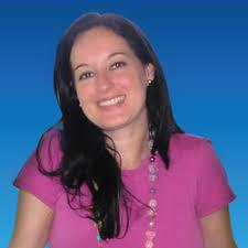 Adriana Torres Guedes. Psicóloga. Graduada como Psicóloga e Mestre em Comunicação Social (Área de concentração: Semiótica), ambos pela Unisinos. - adriana