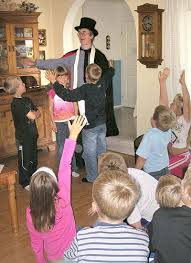 <b>Children's magic</b> - Wikipedia