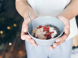 <b>Oatmeal</b> and Diabetes: The Do's and Don'ts