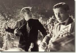Arthritis silences notes, but Scotty Moore, Elvis Presley's first guitarist ...