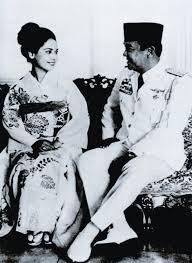 Hasil gambar untuk Kartika Sari Dewi Soekarno