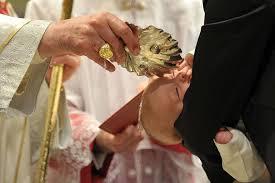 Risultati immagini per Immagini di battezzati