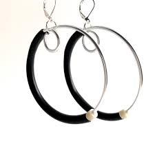 Hoopt Earrings in <b>silver and black</b> – MiMi Jewellery