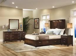 middot bedroom wall