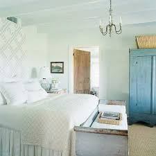 blue and white country style bedroom blue vintage style bedroom