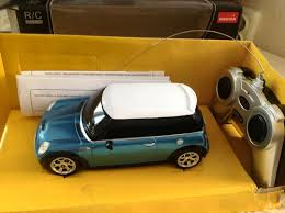Обзор на <b>Машина на радиоуправлении</b> RASTAR 15000E MINI, <b>1</b> ...