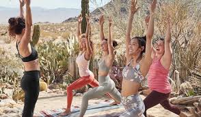 <b>Body</b> Positive <b>New Year's</b> Resolutions | The Everygirl