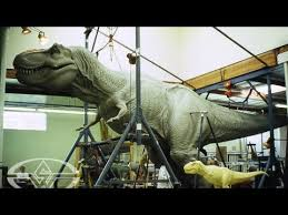 ‪<b>JURASSIC PARK's</b> T-Rex - Sculpting a Full-Size <b>Dinosaur</b> - YouTube‬