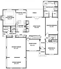 Bedroom Bath Floor Plans   slyfelinos comTwo story bedroom  bath french traditional style house plan
