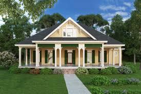 Victorian House Plans   Houseplans comCottage design  beach style  elevation